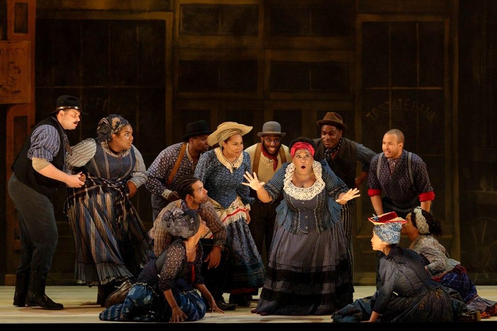 "Queenie and the chorus in ""Showboat"" at Glimmerglas Opera, 2019. (Photo: Karli Cadel / Glimmerglas Opera)"