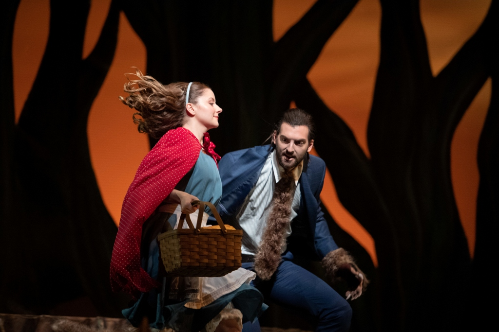"Scene with Little Red Riding Hood and the Wolf from ""Into the Woods"" at Ohio Light Opera, 2019. (Photo: Matt Dilyard)"