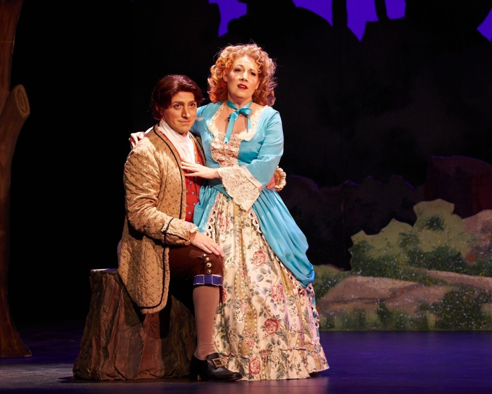 "David Macaluso and Laurelyn Watson Chase in ""Iolanthe"" in New York (Photo: William Reynolds)"