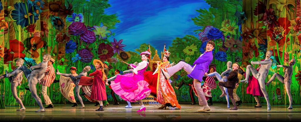 """Zizi Strallen, Charlie Stemp and company in """"Mary Poppins,"""" 2019. (Photo: Johan Persson)"""