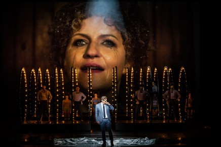 """Follies"" Set In Socialist East Germany: Sondheim At Staatsoperette Dresden"