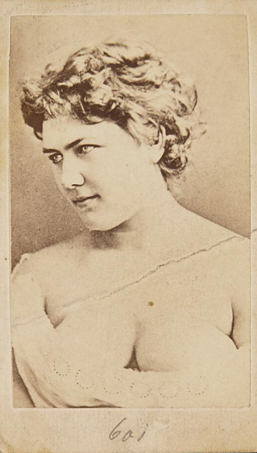 Another highly revealing portrait of Hermine Meyerhoff from the 1870s. (Photo: Theatermuseum Wien)