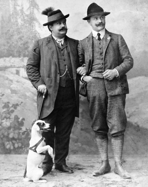 """Lehár r.) together with colleague Heinrich Reinhardt, composer of the 1901 hit """"Das Süße Mädel."""" (Photo from """"Dein ist mein ganzes Herz"""" / Böhlau Verlag)"""