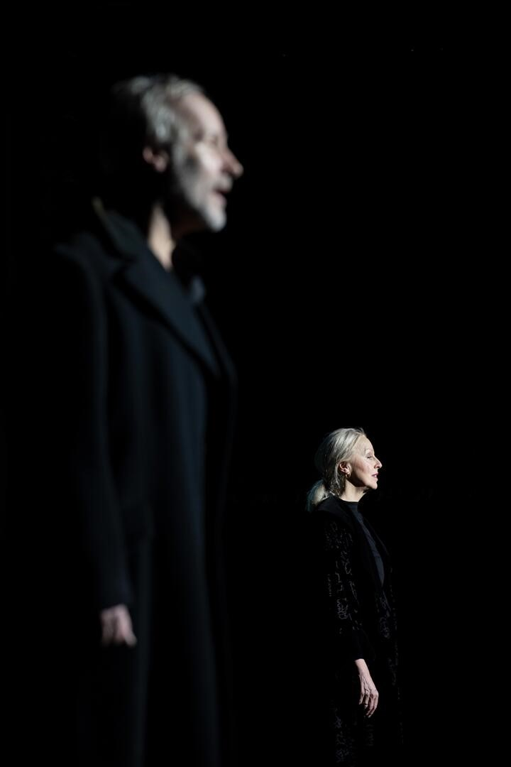 "Going from mad cap fun to moments of great sadness and introspection: Wolfram Koch and Anne Sofie von Otter in ""Ich wollt' ich wär' ein Huhn"" at Komische Oper Berlin.  (Photo: Monika Ritterhaus)"