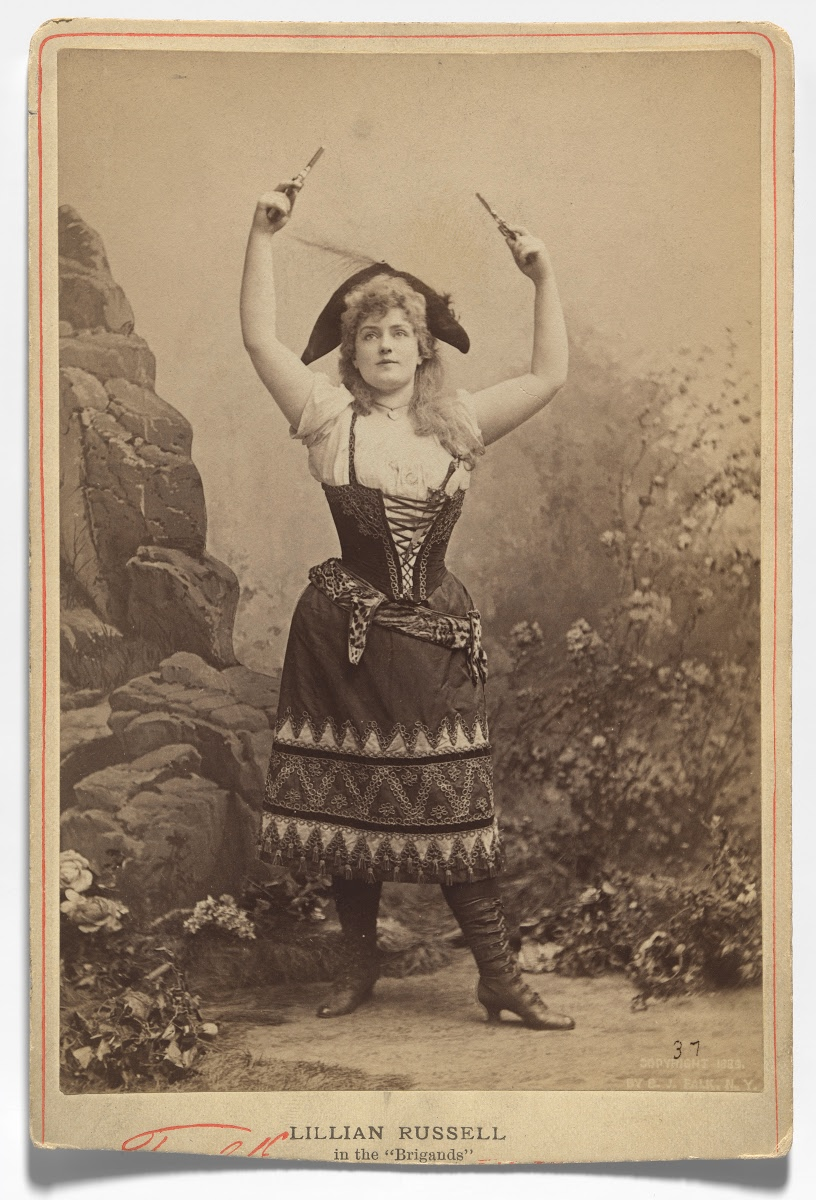 """Lillian Russell in Offenbach's """"Les Brigands."""""""