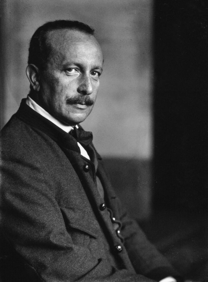 Felix Salten um 1910. (Photo: Ferdinand Schmutzer)