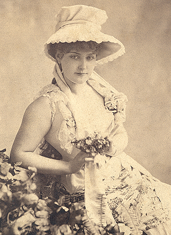 "Lillian Russell (1860-1922) Revisited: The Amazing Life Of A ""Scandalous"" Operetta Diva"