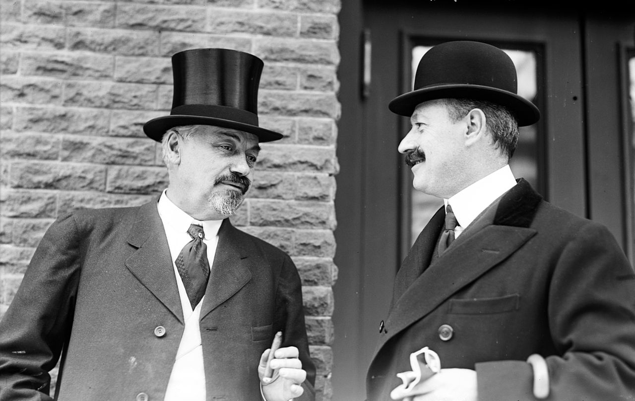 Oscar Hammerstein I (left) with conductor Cleofonte Campanini in New York, 1908. (Photo:  United States Library of Congress)