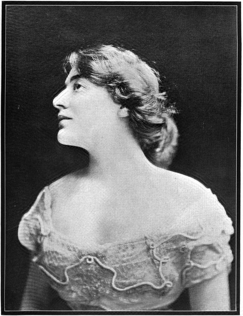 "Stella Hammerstein, an actress and daughter of Oscar Hammerstein I. (Photo from ""New York Star,"" 1908)"