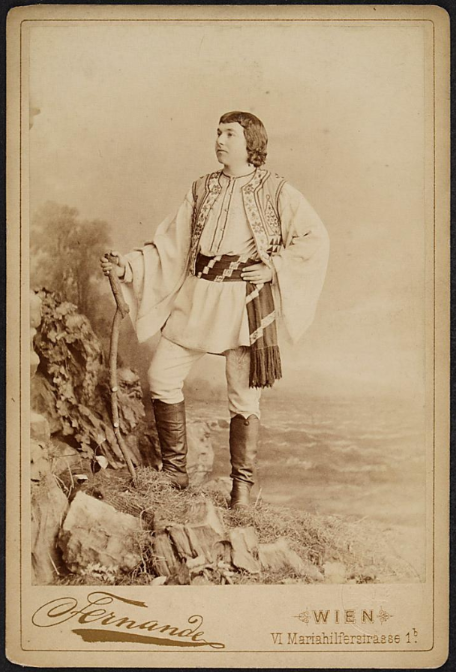 "Josepf Josephi in ""Bettelstudent,"" and operetta he created together with Alexander Girardi. (Photo: Theatermuseum Wien)"
