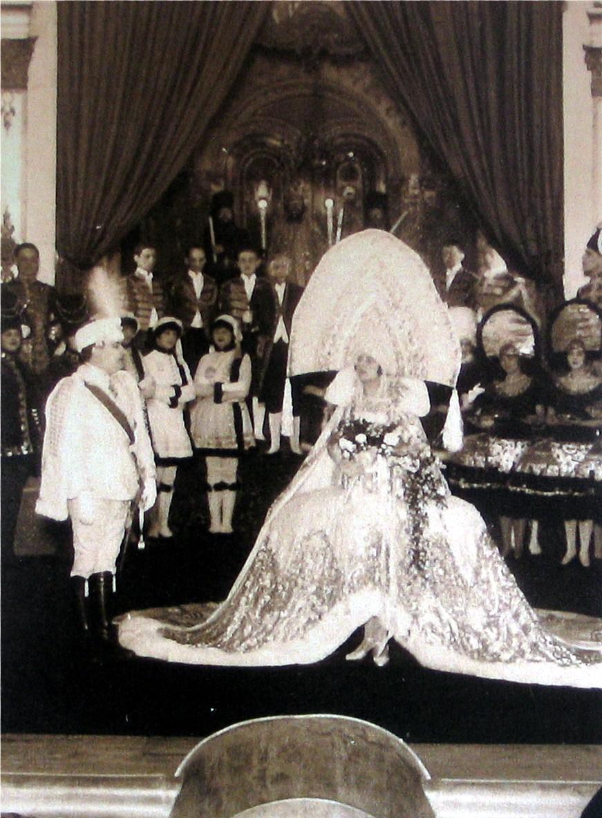 """Betty Fischer in """"Die Zirkusprinzessin"""" at Theater an der Wien in 1926. (Photo: Operetta Research Center Archive)"""