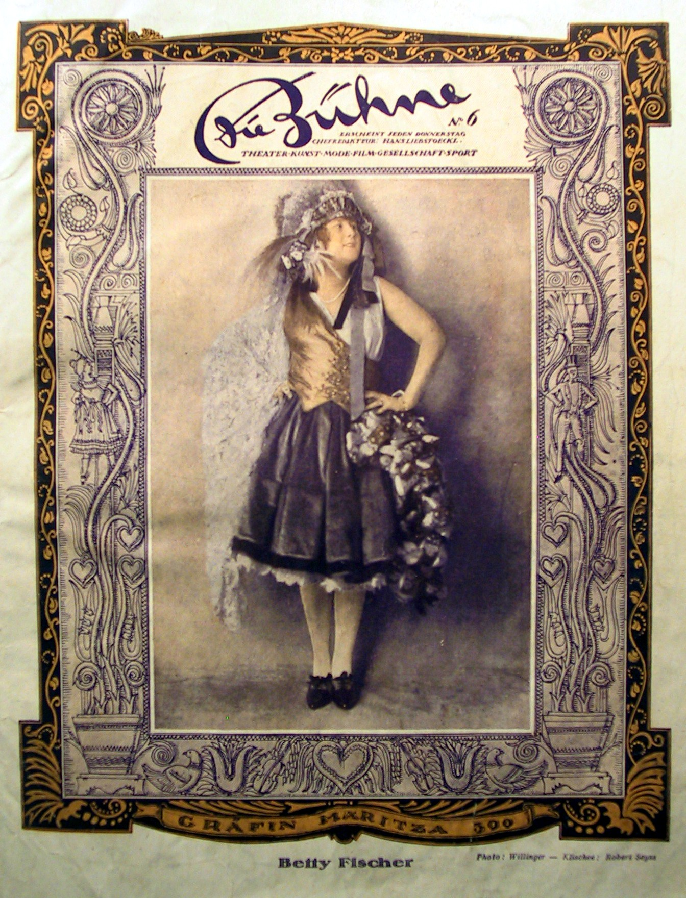 """Betty Fischer as Mariza on the cover of """"Die Bühne"""" in 1924."""