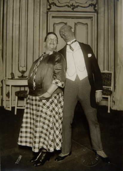 Gisela Werbezirk and Max Brod (who played Severin later) photographed by Atelier Willinger in Vienna, 1929. (Photo: Theatermuseum Wien)