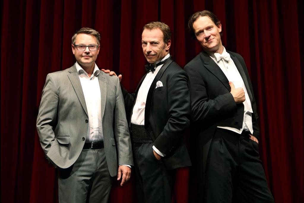 The artistic directors of Musikalische Komödie Leipzig: (l. to r.) Torsten Rose, Cusch Jung, and conductor Stefan Klingele. (Photo: Ida Zenna)