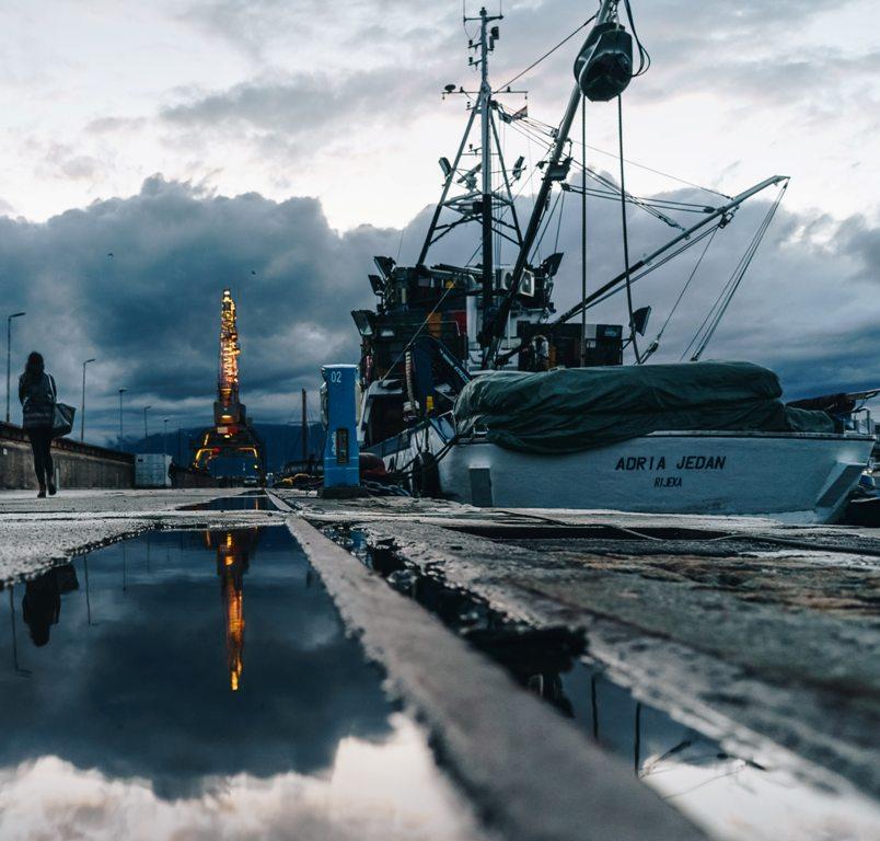 The harbor of Rijeka today. (Photo: Vladimir Soic / Unsplash)