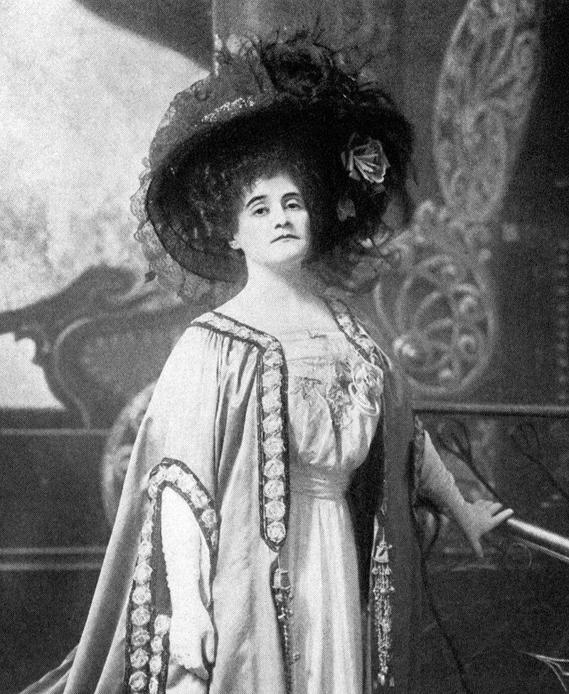 "Ethel Jacksonas ""The Merry Widow"" in 1907. (Photo: Albert Davis / Theatre Magazine Company)"
