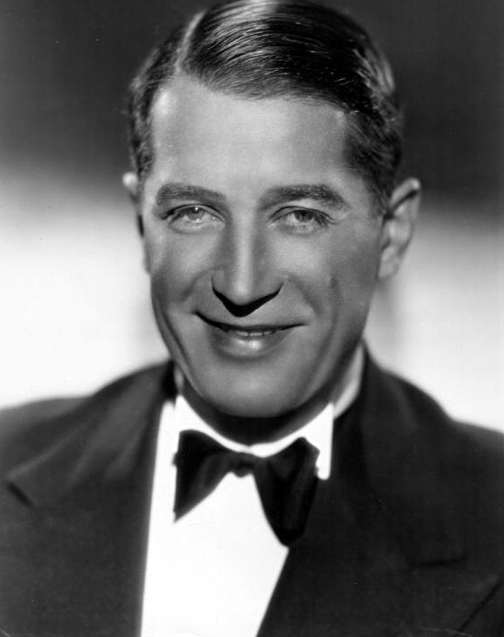 A publicity photo of Maurice Chevalier from the 1930s. (Photo: Paramount Pictures / Wikipedia)