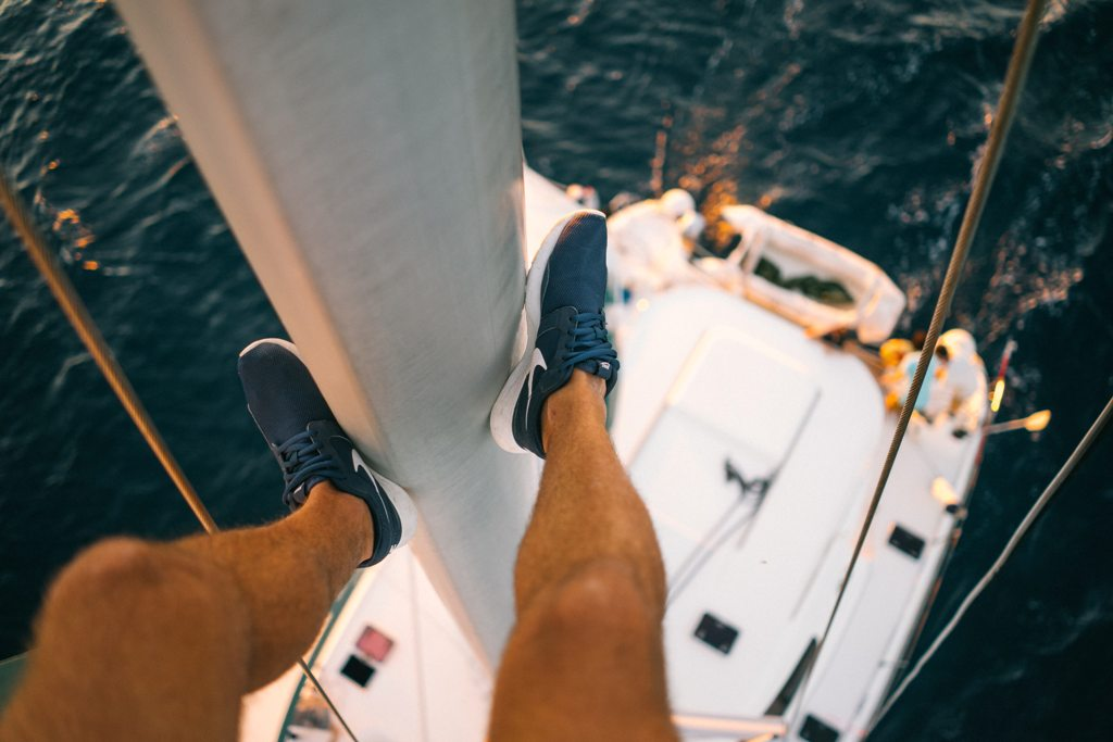 "The action of ""Passionnément!"" is set on a yacht. (Photo: Samuel Sschwendener / Unsplash)"