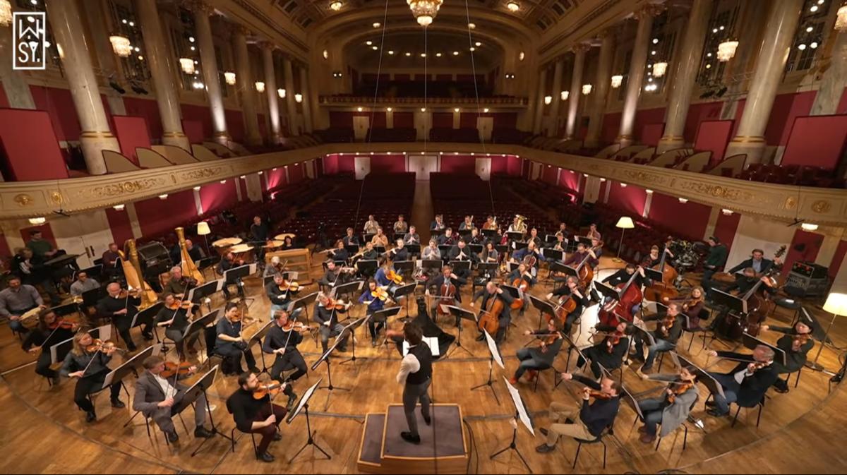 Lorenzo Viotti and the Wiener Symphoniker at the Konzerthaus. (Photo: YouTube/Screenshot)