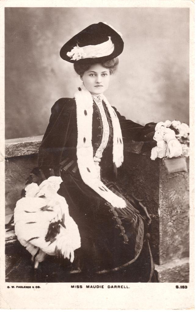 Maudi Darrell photographed by C. W, Faulkner. (Photo: Thomas Krebs Archive)