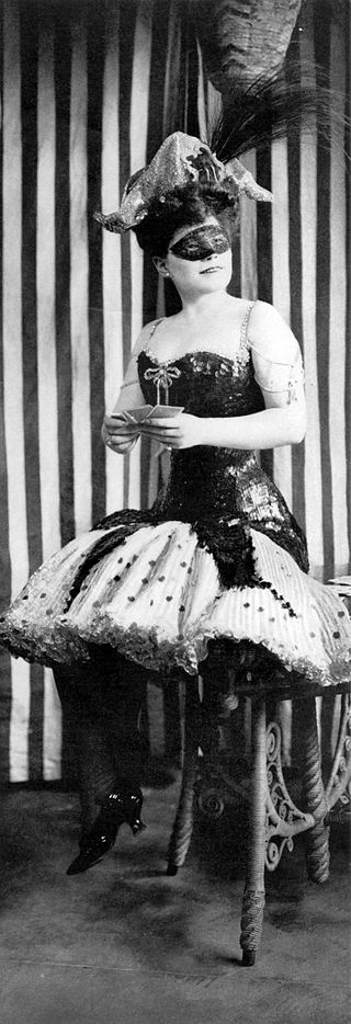 Fritzi Scheff as the original Mlle. Modiste in 1905. (Photo:  Byron Company)