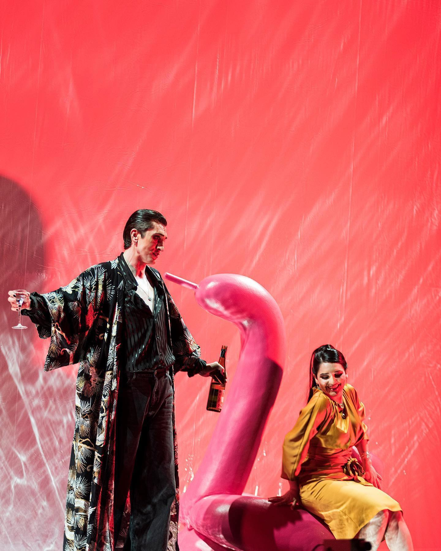 """Alfred and Rosalinde in act 1 of """"Die Fledermaus"""" at the Compagnietheater, Amsterdam. (Photo:  Isabel Machado Rios)"""