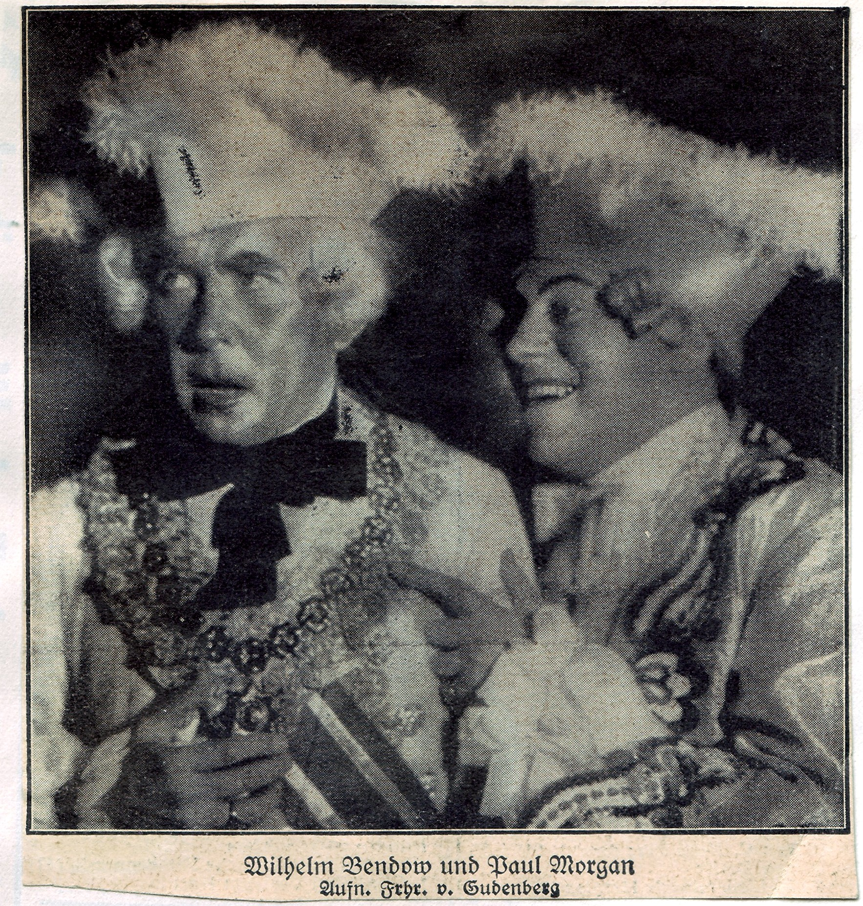 """A photo of Wilhelm Bendow (l.) and Paul Morgan in """"Casanova."""" They played members of the so called """"Keuschheitskommission"""" which was to ensure moral order in Erik Charell's production. (Photo: Archive Operetta Research Center)"""