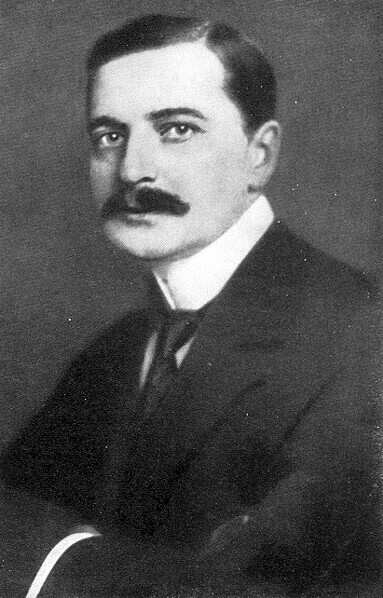 Composer Jenő Huszka in 1910. (Photo: Wiki Commons)
