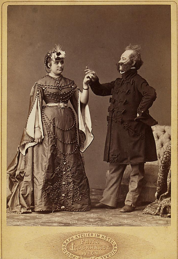 "Amalie Materna in ""Pariser Leben"" at Carltheater in Vienna. (Photo: Fritz Luckhardt / Theatermuseum Wien)"