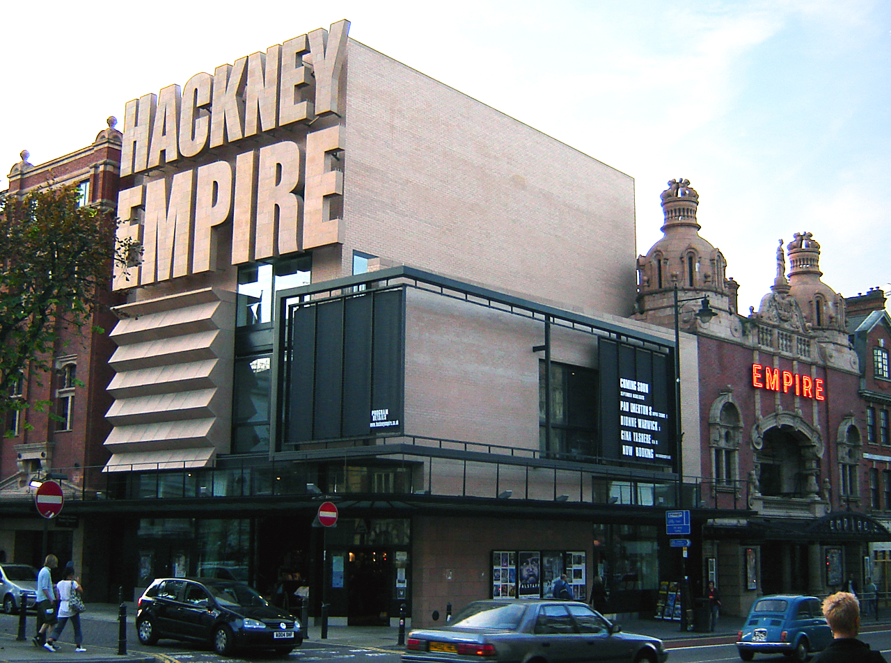 The refurbished Hackney Empire, built in 1901, retains the original structure, but adds modern facilities. (Photo: Fin Fahey / Wiki Commons)